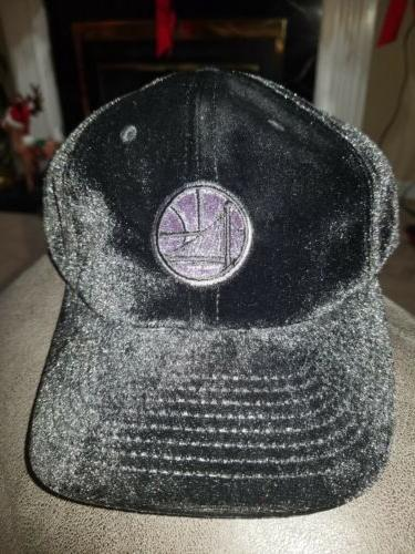 Gloden State Warriors Mitchell & Ness Hat Black Cap velour