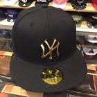 New Era New York Yankees Fitted Hat All BLACK/GOLD METAL BAD