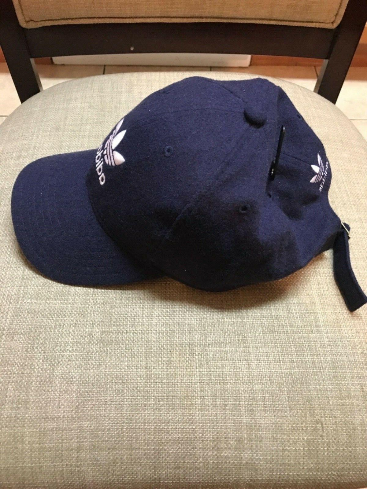 NWT Men's Navy Adjustable